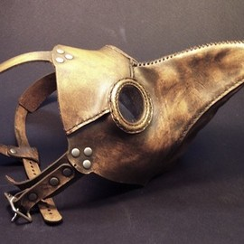 Tom Banwell - plague doctor's mask