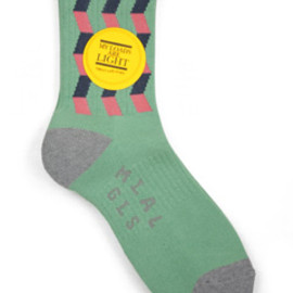 MY LOADS ARE LIGHT - Zigzag Sox (green)
