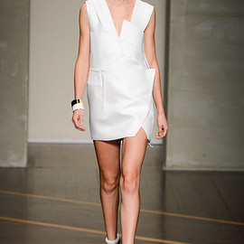 Gianfranco Ferré - 2013 Spring ready-to-wear LOOK1