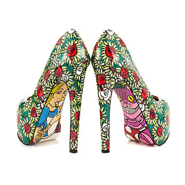 "Taylor Says - ""WONDER LAND""Pumps"