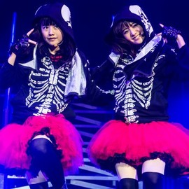 BABYMETAL - YUI&MOA  live in london | Photo by Dana (distortion) Yavin