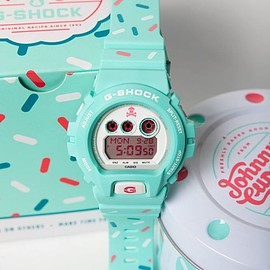 G-SHOCK - johnny cupcakes × G-SHOCK