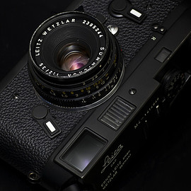 Leica - Summicron 35mm f2 2nd Generation Model