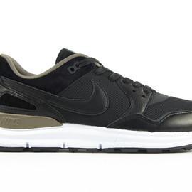 Nike - Lunar Pegasus '89 - Black/Brown?