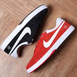 NIKE SB - FRAGMENT DESIGN × NIKE SB KOSTON 1 BLACK & RED