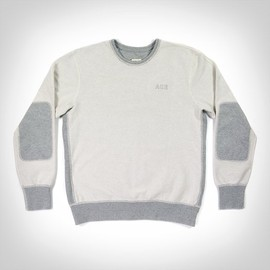 ACE X REIGNING CHAMP - ACE X REIGNING CHAMP SWEATSHIRT
