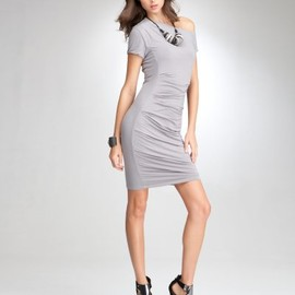 bebe - bebe Asymmetric Pintucked Dress