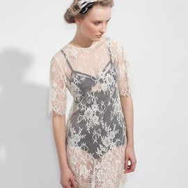 Lonely Hearts - lace dresses