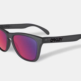 Oakley  - Frogskin Blacklight