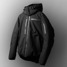 foot the coacher × DESCENTE - DOWN JACKET