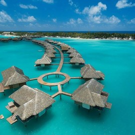 Four Seasons Hotel at Bora Bora