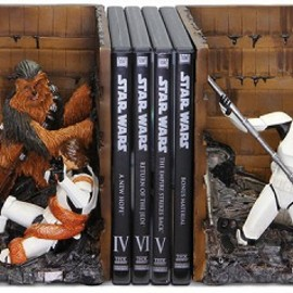 Gentle Giant Studios -  Star Wars Trash Compactor Bookends