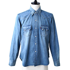 Levi's Vintage Clothing - 1955 Sawtooth Shirt that is Mid Worn one