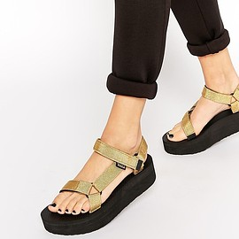 Teva - Gold Flatform Universal Heeled Sandals