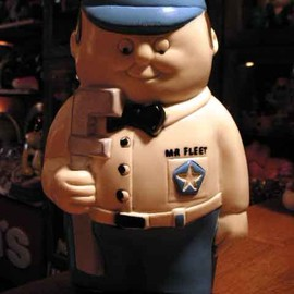 Chrysler - Mr.Fleet 70's vinyl figure