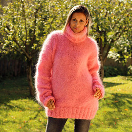 Extravagantza - Hand Knitted Mohair Sweater Sweet PINK Fuzzy