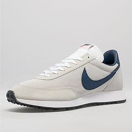 Nike, size? - Tailwind size? exclusive - Light Bone/Midnight Navy