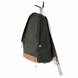 Makr Carry Goods - Daypack (Army Green Canvas and Natural HF)