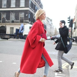 Red coat/style