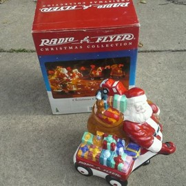 Radio Flyer - RARE ADVERTISING CHRISTMAS SANTA RADIO FLYER RED WAGON COOKIE JAR NEW IN BOX