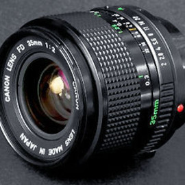 Canon - New FD 35mm f/2.0