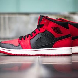 Nike - NIKE AIR JORDAN 1 MID BLACK/BLACK-GYM RED