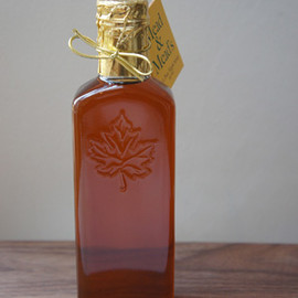 "Mead & Mead's - MAPLE SYRUP "" Grade A """