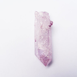 aurazencrystals - Rose Aura Quartz Point RARE COLOR