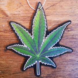 HANGING WITH THE HOMIES - THE CHRONIC AIR FRESHENER