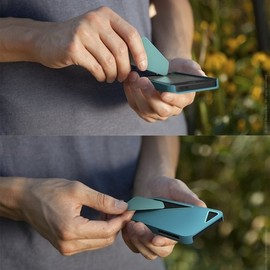 quirky - Stylus - iPhone 5 case with stylus