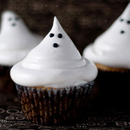 Boo-tiful Cupcakes : Halloween Ghost Hi-hats