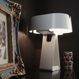 DUENDE - Tong / Table Lamp
