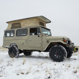 TOYOTA - Land Cruiser HJ45 Troop Carrier with Trakka PopTop