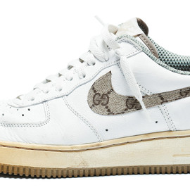 NIKE - AIR FORCE 1 LOW (Gucci Pattern SWOOSH)