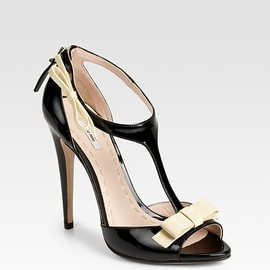 miu miu - Patent Leather T-Strap Bow Sandals
