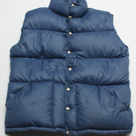 THE NORTH FACE - DOWN VEST