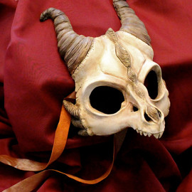 Aisha Voya Creations! - ORIGINAL Handmade Resin Dragon Skull Mask