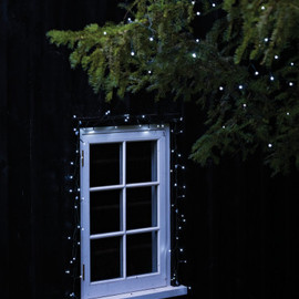 Cox & Cox - LED Solar Outdoor Tree Lights