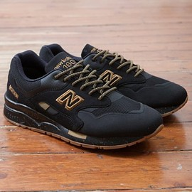 New Balance - CM1600AG - Black/Bronze/Gum