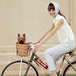 Audrey Hepburn - Audrey on the bike
