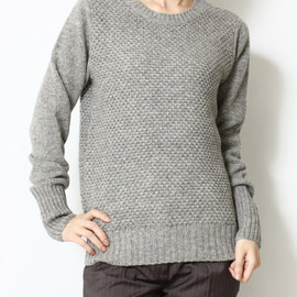 HYKE - Patterned crew neck knit