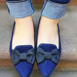 Navy bow slippers.
