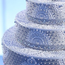 party! - white henna wedding cake