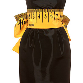 MOSCHINO - Pre-Fall 2015 Strapless Measuring Tape Dress With Bow