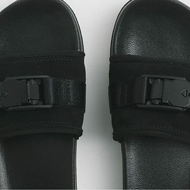 THE NORTH FACE, THE NORTH FACE PURPLE LABEL - Fidlock Leather Sandal - Black