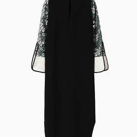 mame - 16SS Tulle Embroidered Sleeve I-Line Dress - black