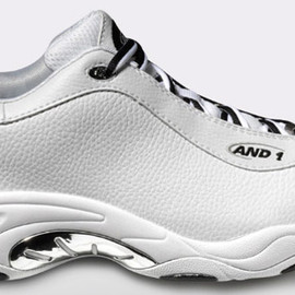 And1 - Taichi Low