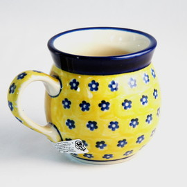 tea pot/Blue dots