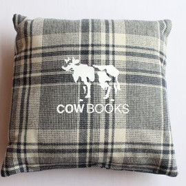 COW BOOKS - COW BOOKS/Reading Cushion-gray2