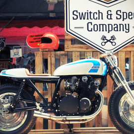 Suzuki - GS1000 Highstreet    Switch & Speed